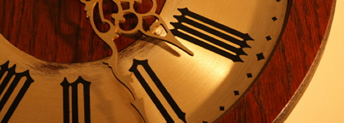 antike wanduhren kaufen darauf sollten sie achten. Black Bedroom Furniture Sets. Home Design Ideas